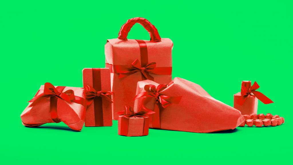 Варианты подарка девушке на 8 марта